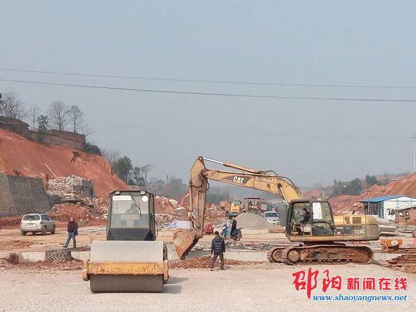 邵阳市世纪大道北路计划于2016年1月底完成主体工程